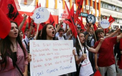 Kadıköy'de liseli eylemi