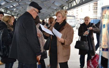 Metrobüs eziyetine karşı imza kampanyası