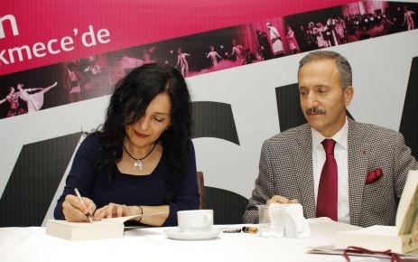 Nazan Bekiroğlu, son kitabı 'Nar Ağacı'nı anlattı
