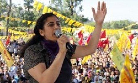 Sebahat Tuncel Kürtlerin taleplerini New York Times'a yazdı