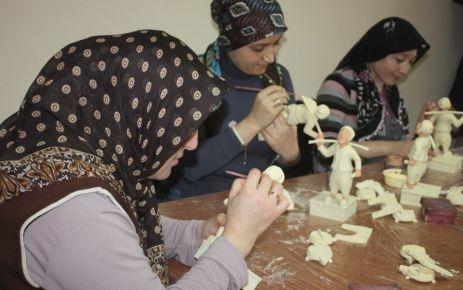 Silivri'de ev kadını olmak kader değil
