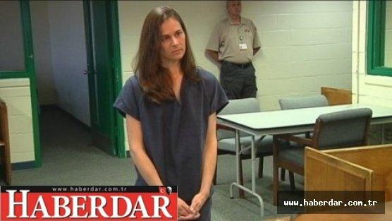 Üç öğrencisiyle birlikte oldu 22 yıl ceza aldı