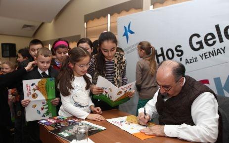 Yalvaç Ural Küçükçekmeceli öğrencilerle