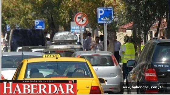 Yol kenarı otoparkları ücretsiz olacak