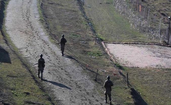 Milli Savunma Bakanlığı: Suriye sınırında aralarında DEAŞ mensubu 6 kişi yakalandı