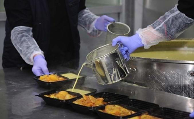 Küçükçekmece Belediyesi: 'Pandemi döneminde 90 bin koli gıda yardımı yapıldı'
