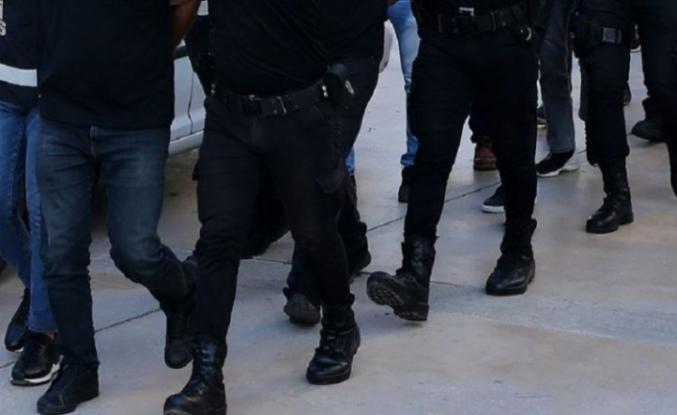 Esenyurt'ta bir kişiyi rehin aldığı iddia edilen 3 şüpheli gözaltına alındı