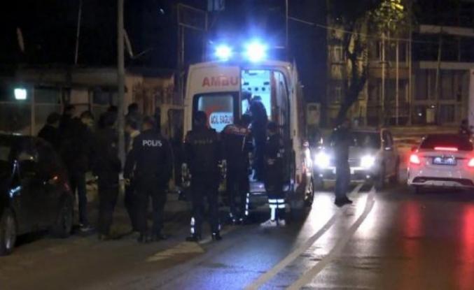 Avcılar'da denetim noktasından kaçanlar ateş açtı: 1 polis yaralandı