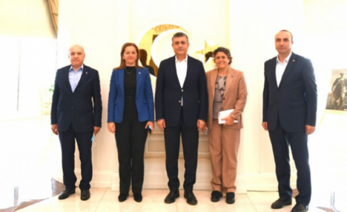 DİSK Başkanı Çerkezoğlu Esenyurt'ta