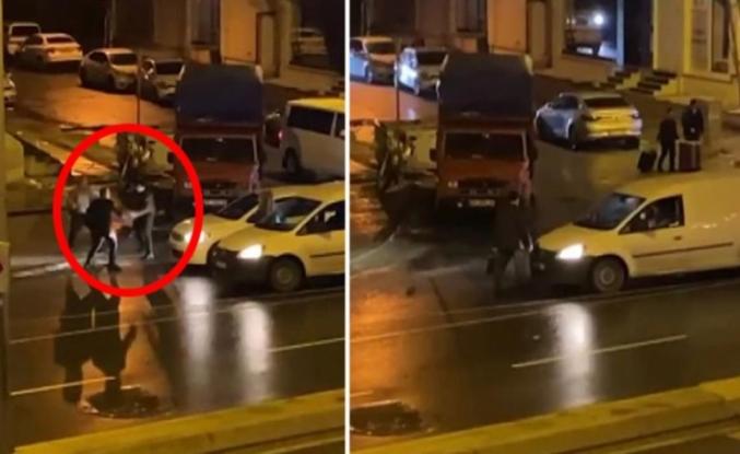 Trafikte önünü kestiği aracın sürücüsünden dakikalarca dayak yedi
