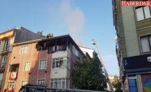 Esenyurt'ta binanın çatısında yangın