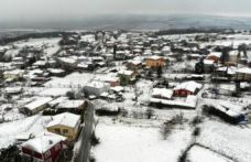 İstanbul'un Silivri ve Çatalca ilçelerinde kar yağışı etkili olmaya başladı.