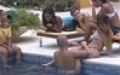 BBG Güzelleri Havuzda