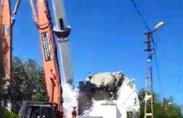 Silivri Depremi'nde hasar gören cami yıktırıldı
