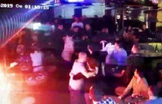 Alkollü müşteri barda dehşet saçtı: 2 garson...