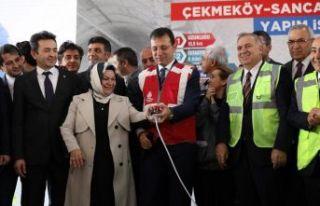 Dünya durur ama İstanbul durmaz!