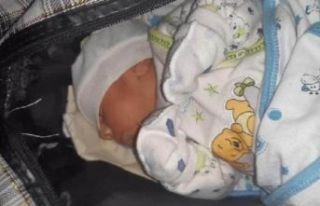 Çanta içinde sokağa bırakılan 15 günlük bebek...