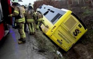 İETT otobüsü yan yattı: Çok sayıda yaralı var