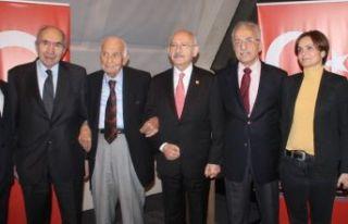 Ülke Politikaları Vakfı CHP'lileri bir araya...