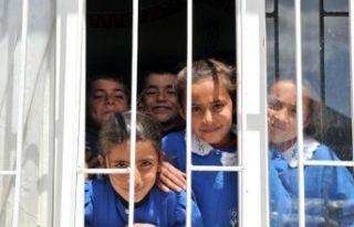 Türkiye'de ilk defa uygulanacak: Fakirsen okula...