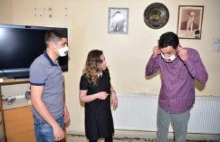 Avcılar Belediyesi işitme engellilere özel maske...