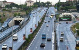 Avrasya Tüneli'nde arıza: Geçişler trafiğe...