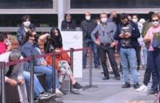 Bilim Kurulu üyesi Demircan isyan etti: AVM önündeki...
