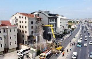Başkan Akgün: Deprem uykularımı kaçırıyor!