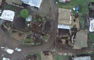 Bingöl'de depremin neden olduğu yıkım gün...