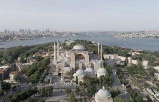 Ayasofya Camii'nin açılışı için bazı yollar...