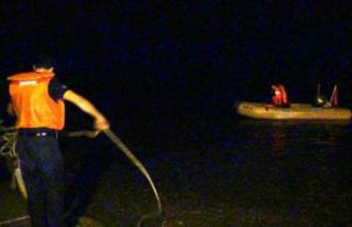 Silivri'de 60 metre yüksekten denize düşen...