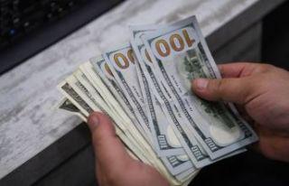 Dolar kritik seviyelerdeki seyrini sürdürüyor