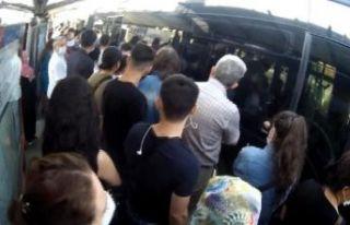 Metrobüs çilesine arıza eklendi