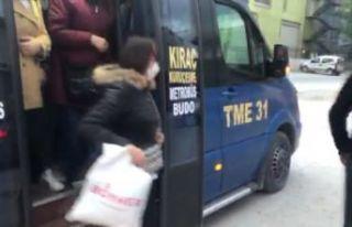 Esenyurt'ta 22 yolcu taşıyan şoförden polise;...