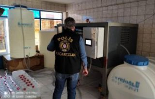 Esenyurt'ta sahte içki operasyonu: 6 ton etil...