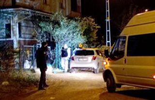 Silivri'de eli silahlı şahıs evi bastı: 2...