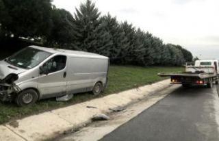 TEM'de makas atma kazası: 2 yaralı