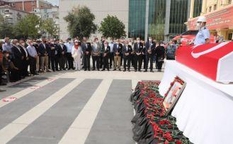 Eski Büyükçekmece belediye başkanı Ali Çebi, son yolcuğuna uğurlandı
