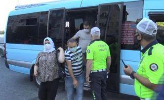 Esenyurt'ta yine aynı manzara: Minibüste 40 kişi