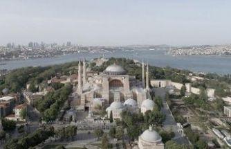 Ayasofya Camii'nin açılışı için bazı yollar trafiğe kapatıldı