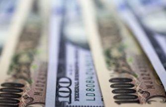 Dolar yeni rekora göz kırpıyor