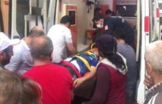 Büyükçekmece'de yıkılan binada asansör boşluğuna düşen işçi yaralandı