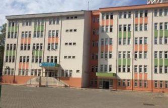 Okulda koronavirüs alarmı! 30 öğrenci karantinaya alındı