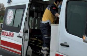 Büyükçekmece'de takla atan otomobilden 2 çocuk yara almadan kurtuldu