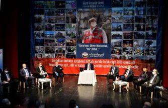 Turan Hançerli'den yeni yıl mesajı: Herkes için daha adil bir yıl diliyorum...