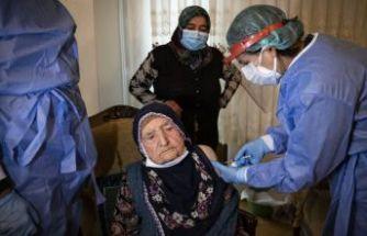 80 yaş üzeri vatandaşlar aşılanmaya başladı