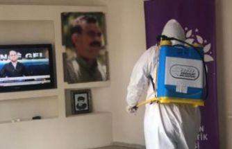 HDP Esenyurt ilçe binasındaki operasyon çerçevesinde iki şüpheli gözaltına alındı