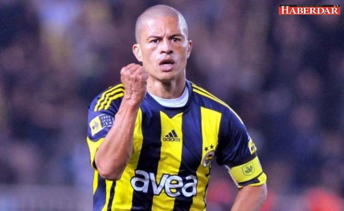 Fenerbahçe taraftarını heyecanlandıran Alex paylaşımı
