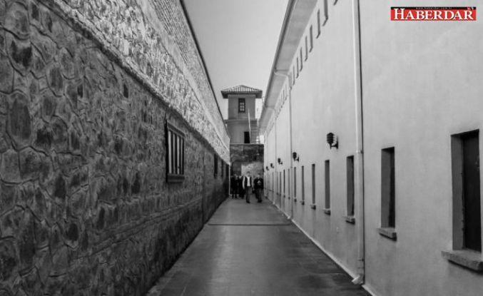 İnfaz düzenlemesine madde: 70 bin mahkumun, cezalarını evde çekmeleri planlanıyor
