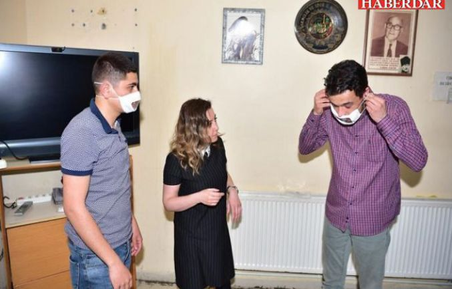 Avcılar Belediyesi işitme engellilere özel maske üretmeye başladı